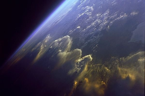 Funny Pictures Gallery: Amazing pictures of space, amazing ...  Amazing Pictures Of The Earth