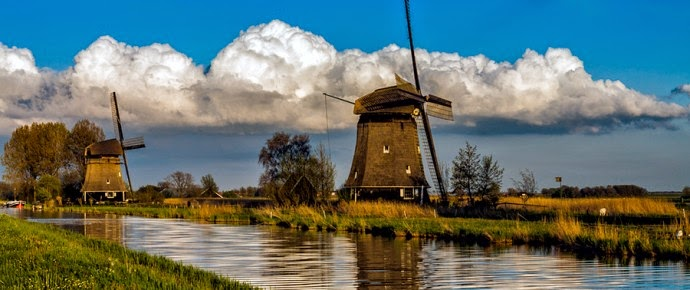 Windmills in the surroundings of Amsterdam