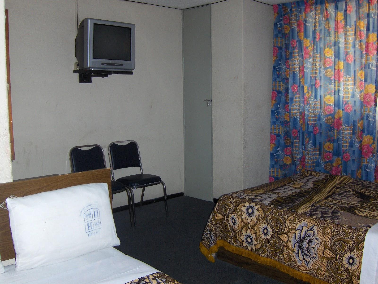 Habitaciones con dos camas hotel polly - Habitacion con dos camas ...
