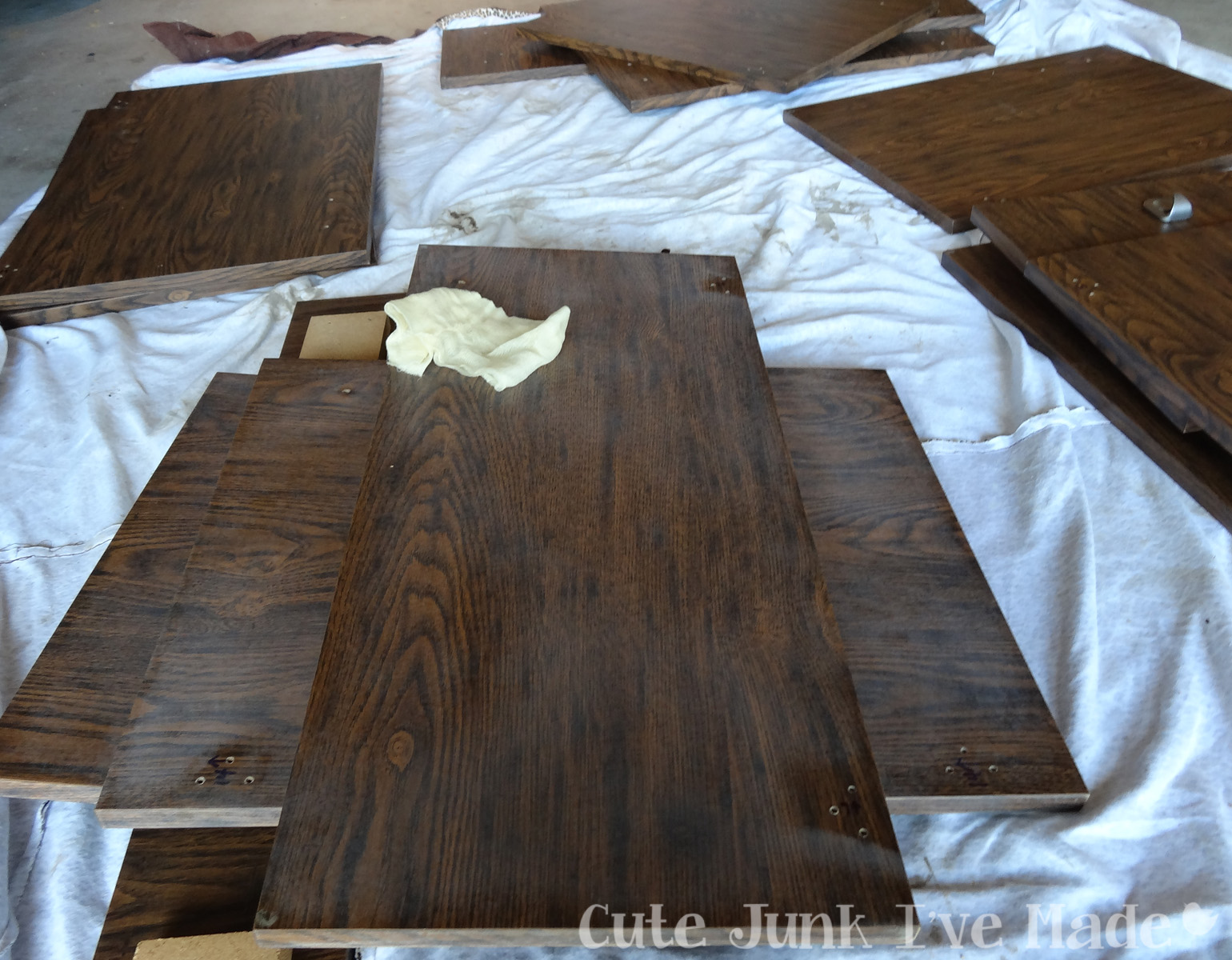How To Prime Laminate Cabinets That Have Paint On Then