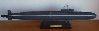 maqueta del submarino nuclear Alexander Nevskiy de la clase borei