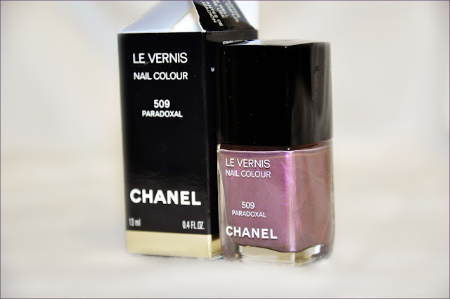 Chanel Le Vernis Nail Colour #509 Paradoxal