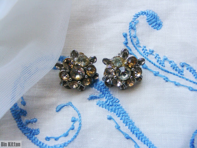 Vintage 1940s rhinestone earrings
