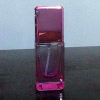 botol parfum cantik warna pink