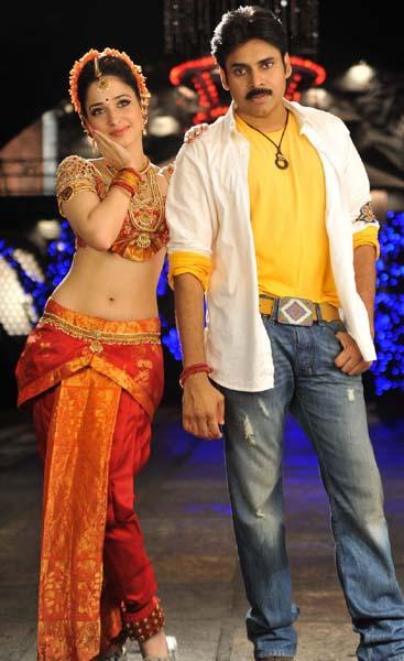 tamanna bhatia cameraman ganga tho rambabu movie stills pics2