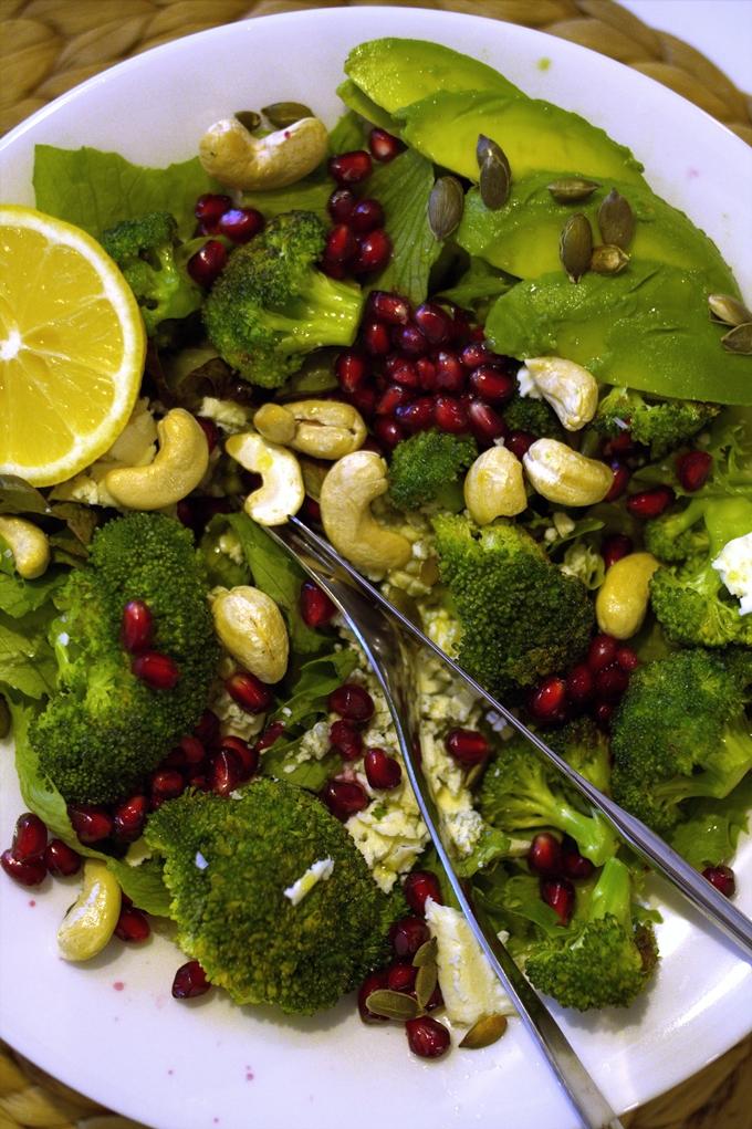 salaatti parsakaali, terveellinen, healthyfood