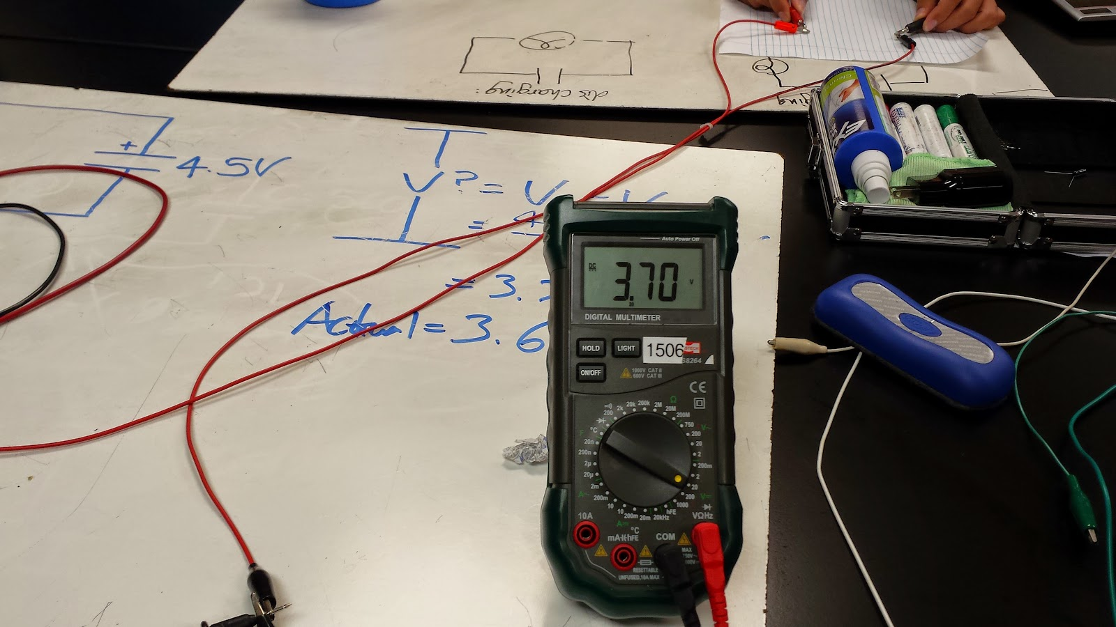 Week 9 October 23 2014 Day 18 Physics 4b Cfawcett Cap Discharge Circuit O27 Switch The Set Up Is Used To Measure Voltage Produced When Capacitor Charged And Discharged We Loggerpro Potential V Verses