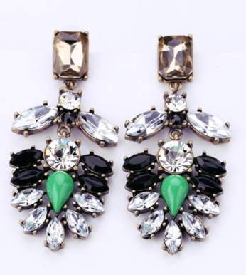 http://www.persunmall.com/p/gem-with-rhinestone-earrings-p-22965.html?refer_id=22088