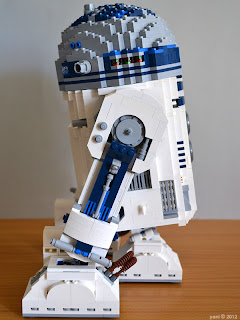 lego r2d2 - i much prefer him in his tripod stance