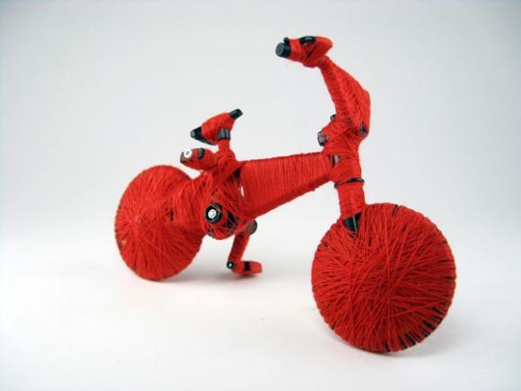 gabriel dawe escultura brinquedos fios enrolados embalados crianças