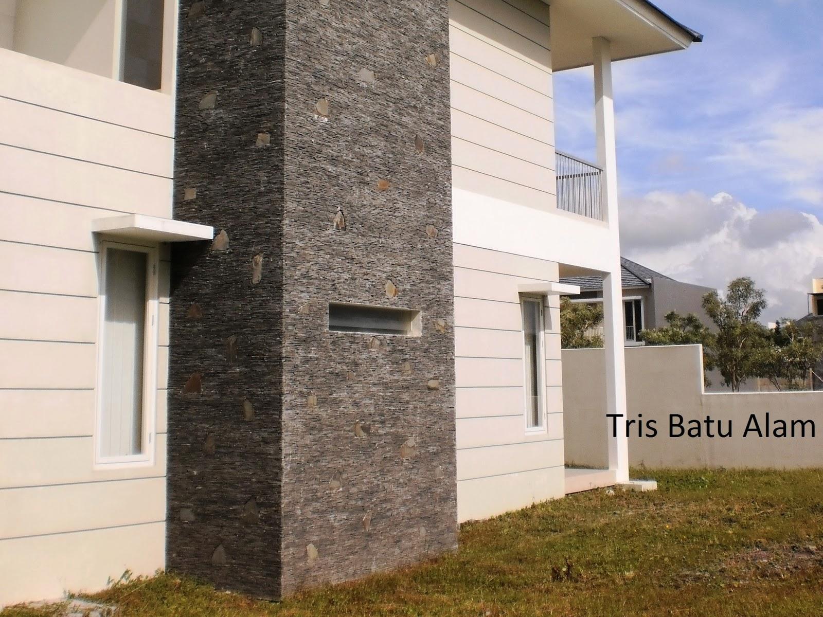 batu alam gilang sisir dipasang pada dinding luar rumah