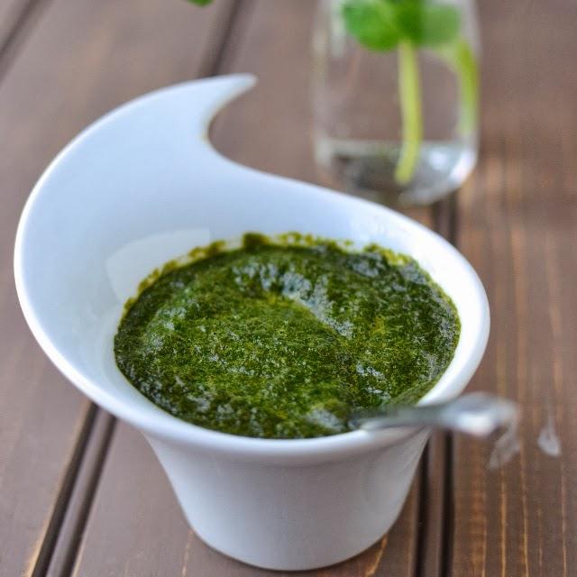Green Chutney (Cilantro-Mint Chutney)