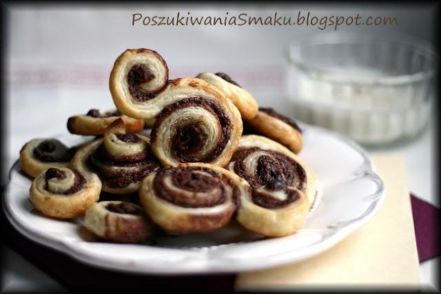 Ślimaki z ciasta francuskiego z czekoladą