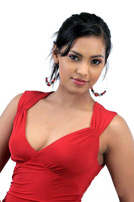 Actress Shammu Hot Cleavage in Red Skirt Photos