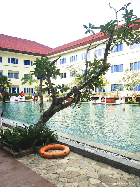 Aston Tanjung Pinang Swimming Pool