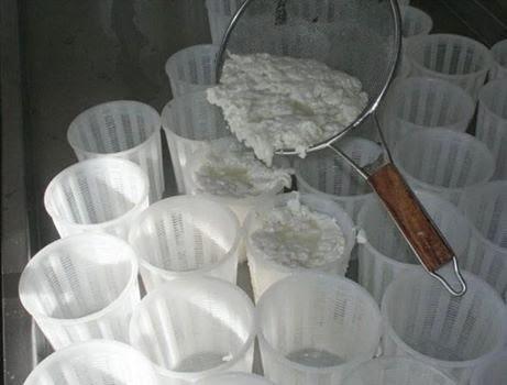 Что  нужно обязательно попробовать на Кипре или Немного про традиционные кипрские закуски, сыр анари