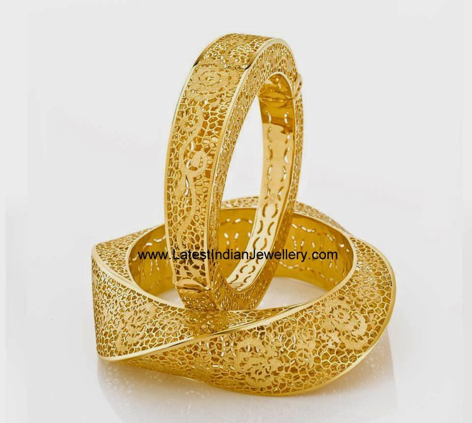 Filigree Work Hallow Gold Bangles