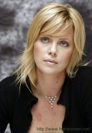 Image Gallary 1 Charlize Theron Beautiful Hair Style Pictures