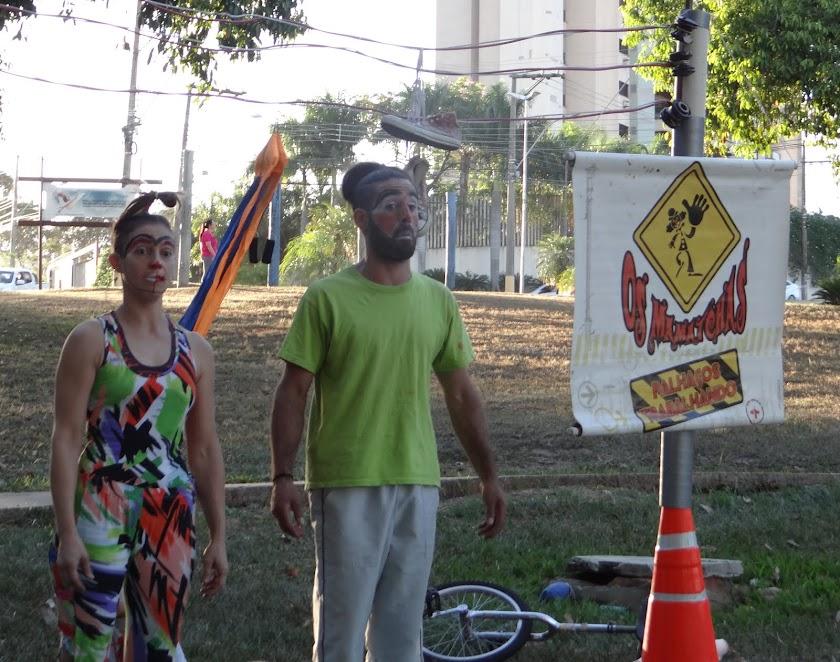 Circo e Teatro de Rua Os Mamatchas