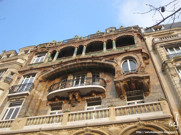 Paris - Immeuble - Jules Lavirotte  Création: 1901 avenue Rapp art nouveau