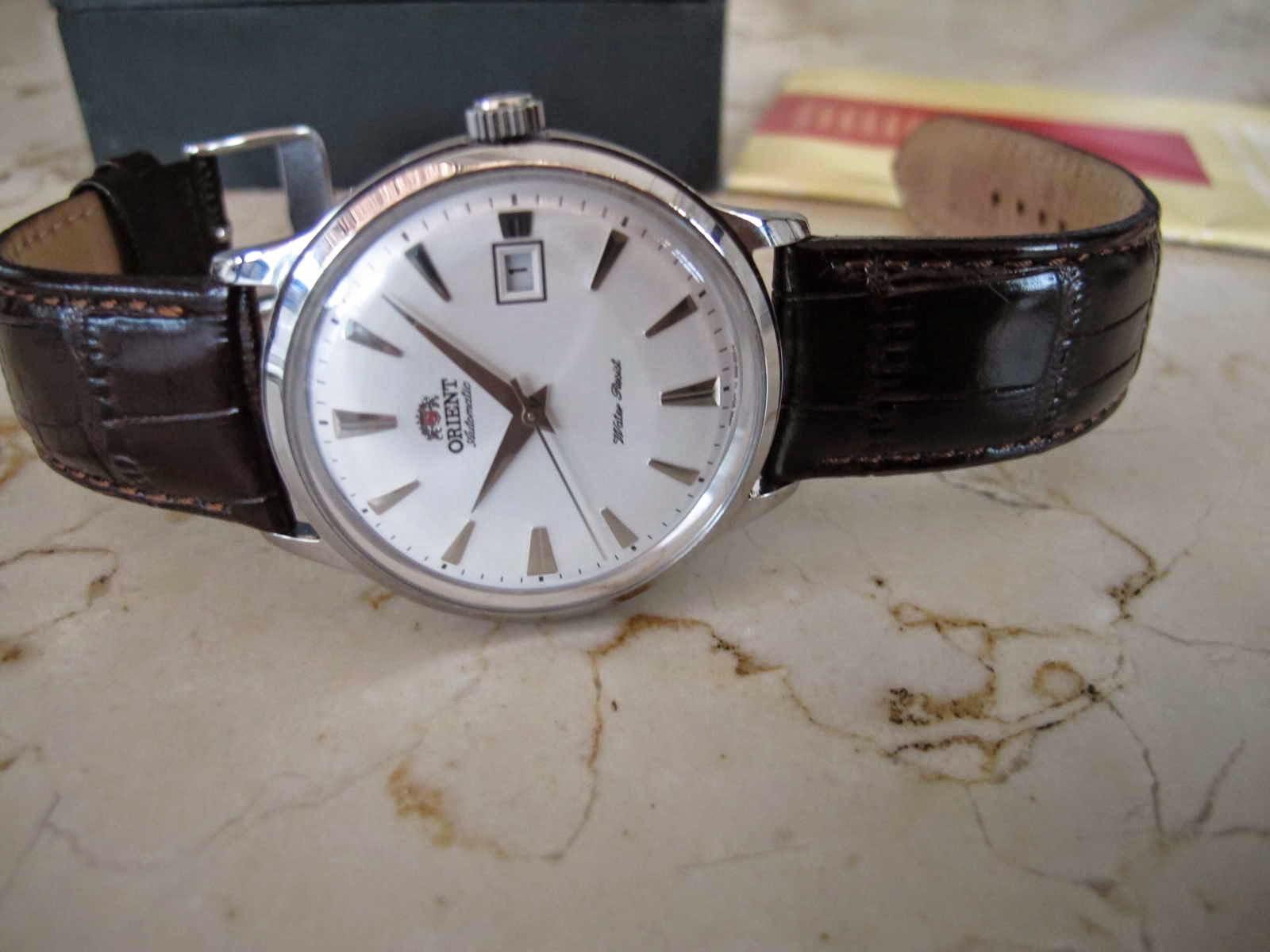 Cocok untuk Anda yang sedang mencari jam tangan model classic automatic dengan harga terjangkau
