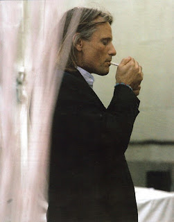 viggo mortensen smoking