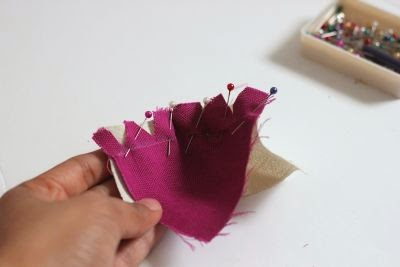 How to pin curves before sewing