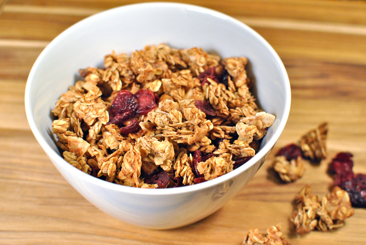 Maple Granola with Walnuts and Cranberries | Decorate This!