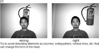 Совет 21. Во время портретной съемки, следите за предметами, которые попадают на одну линию с снимаемым. Постарайтесь разместить снимаемого так, что бы он был отделен от таких предметов.