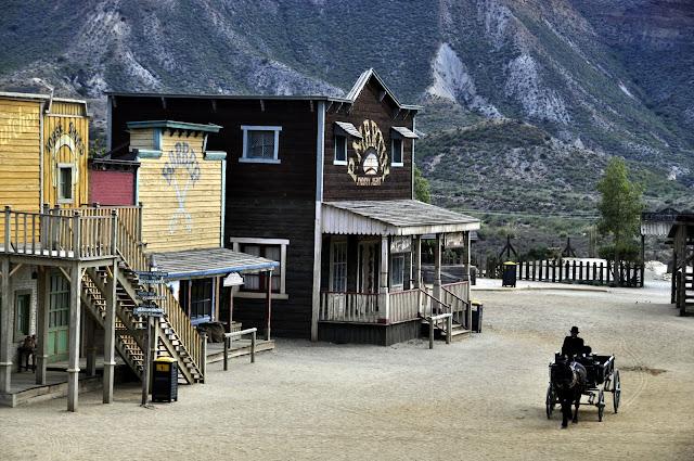 ALMERIA CON NIÑOS: Antiguos decorados de películas del oeste en el desierto de Tabernas