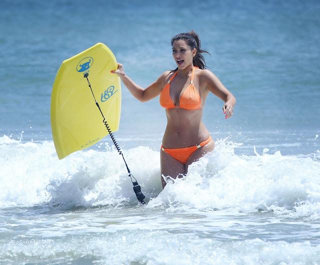 kim kardashian bikini huge __ actress pics