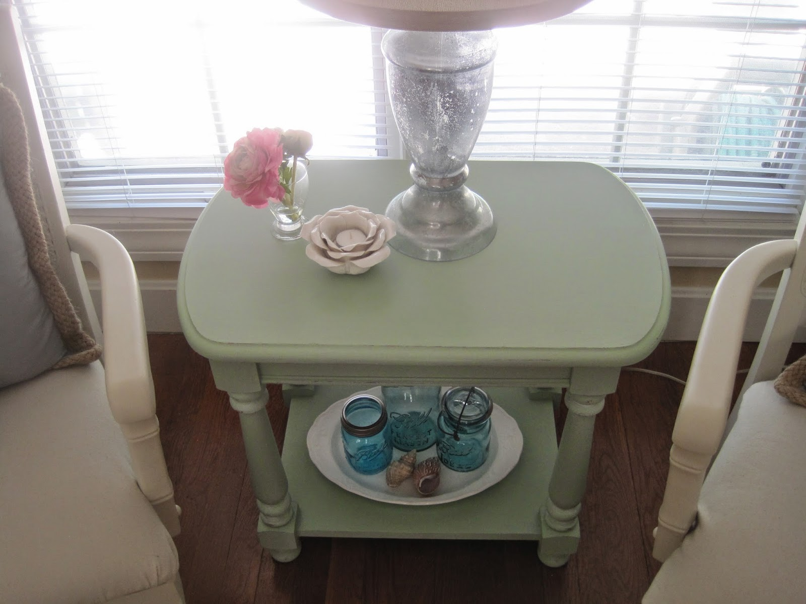 coastal cottage table
