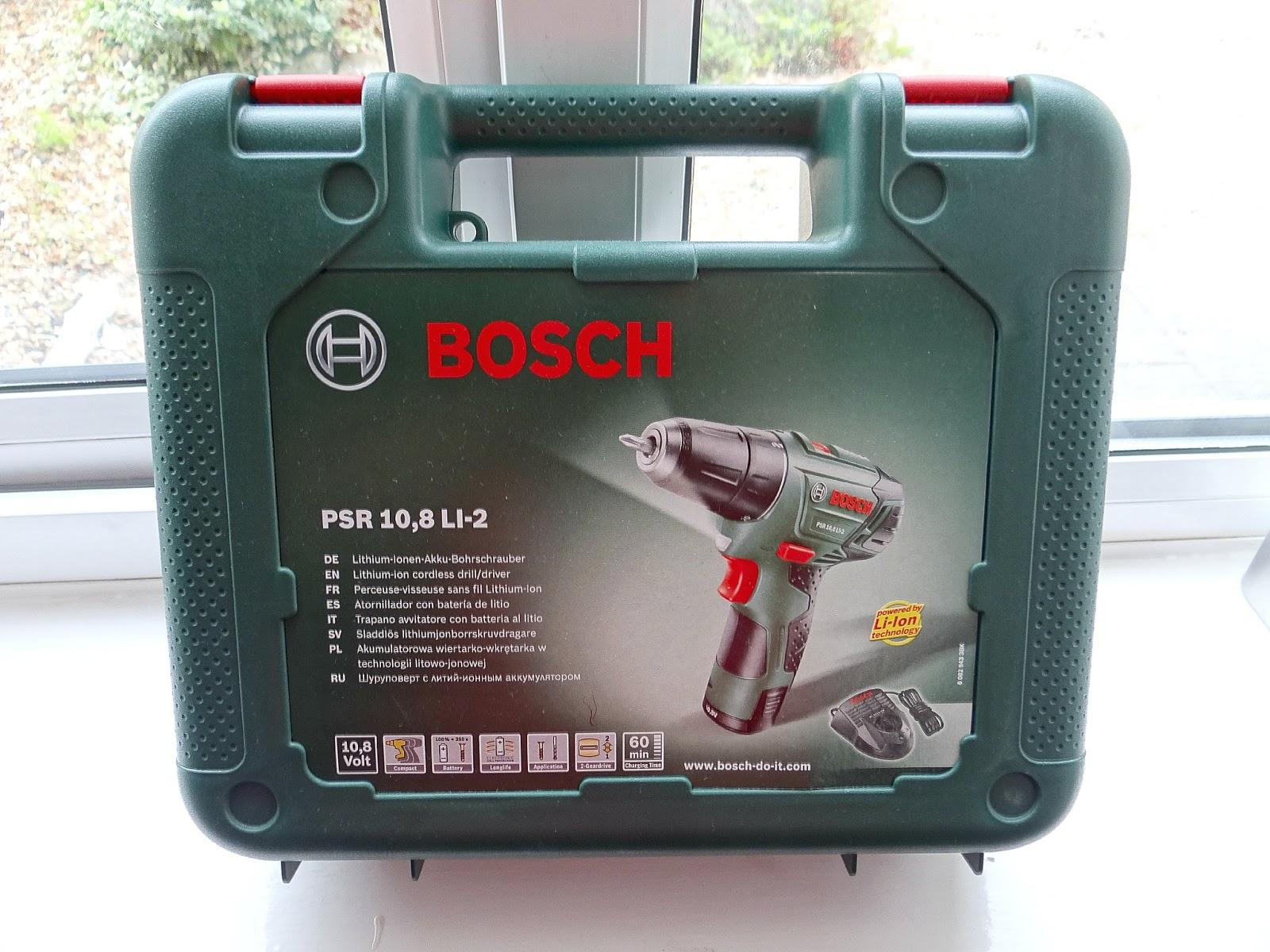 bosch ixo bbq and psr 10 8 li 2 cordless 2 speed drill. Black Bedroom Furniture Sets. Home Design Ideas