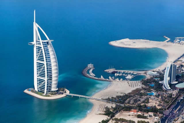 Dubai - sobrevoando de helicóptero - Helicopter Tour
