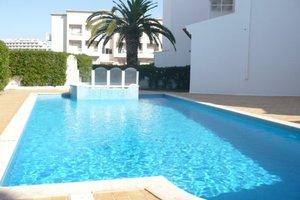 Alugo apartamento Albufeira Algarve - com Piscina -  Agosto e Setembro