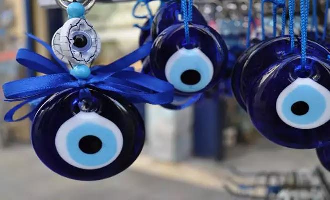 Βασκανία :,Επιστημονικά πειράματα αποδεικνύουν πως υπάρχει «κάτι» στο ανθρώπινο βλέμμα που επηρεάζει άμεσα το περιβάλλον  και τους άλλους ανθρώπους.