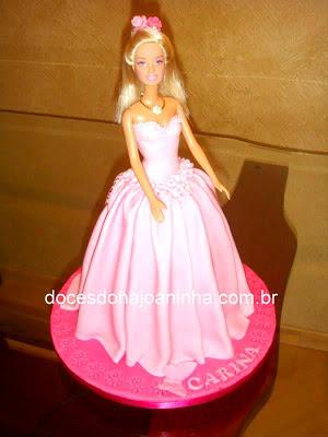 Bolo decorado Barbie Princesa Carina