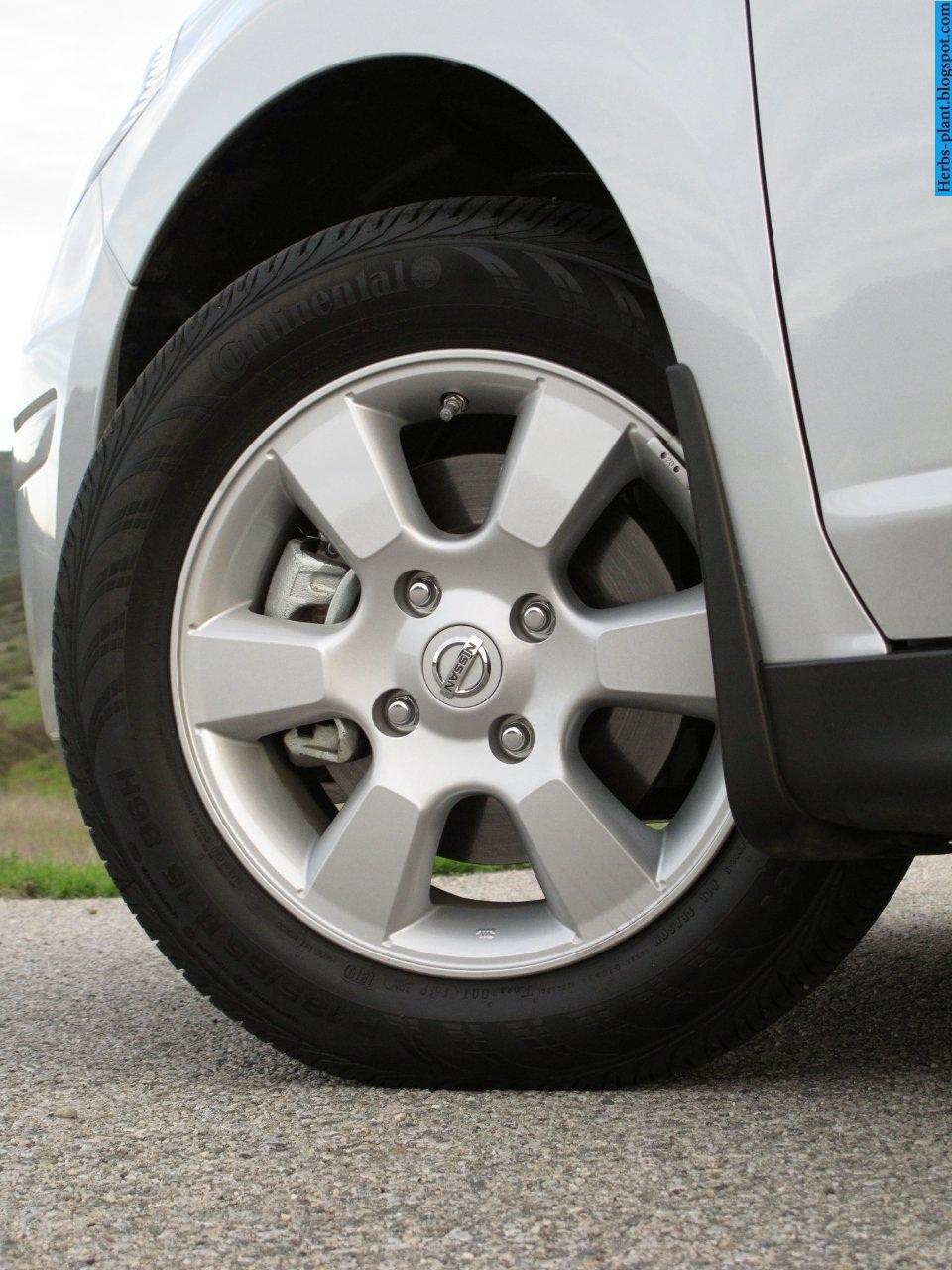 Nissan versa car 2013 tyres/wheels - صور اطارات سيارة نيسان فيرسا 2013