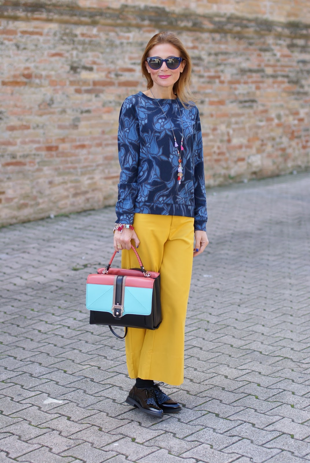 Paula Cademartori Faye color block handbag and culottes pants on Fashion and Cookies fashion blog, fashion blogger style