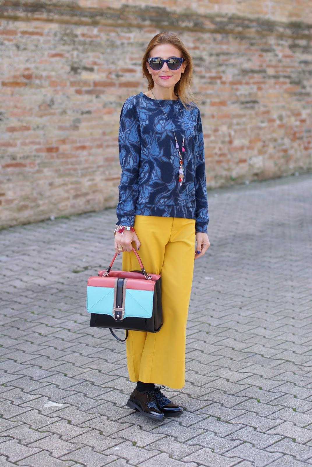 Paula Cademartori Faye color block handbag and culottes pants on Fashion and Cookies fashion blog, fashion blogger style
