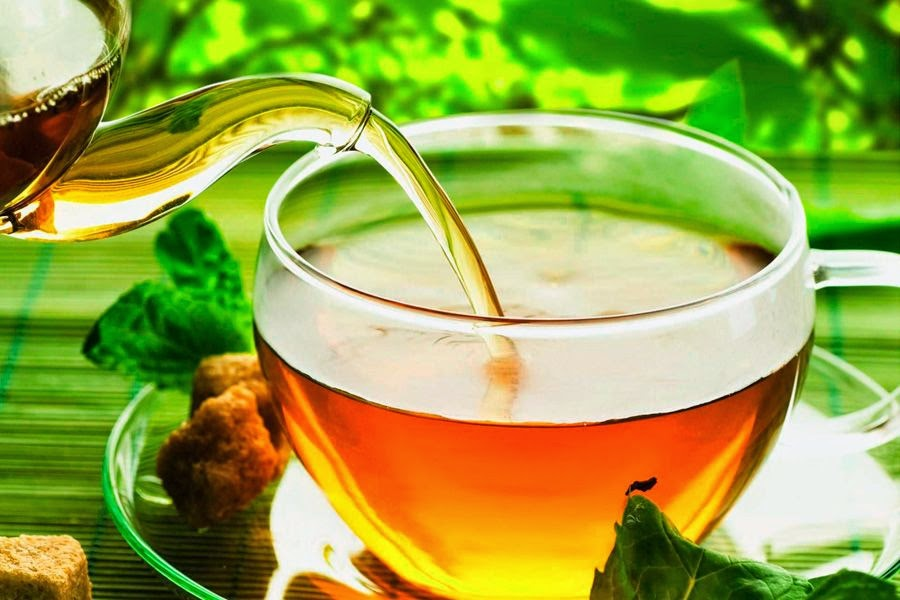 The Benefits of Drinking Green Tea & Weight Loss