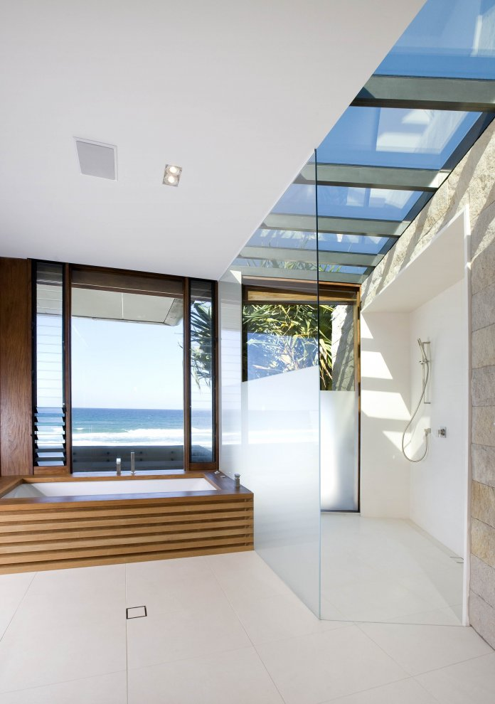 Modern Home Interior Design with Beach View - home987.blogspot.com