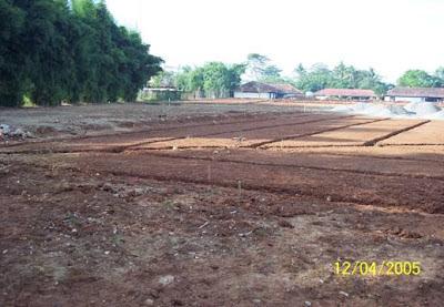 lahan lapangan sepak bola