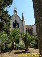 Façana principal de la Capella del Roser de Can Mata de La Garriga