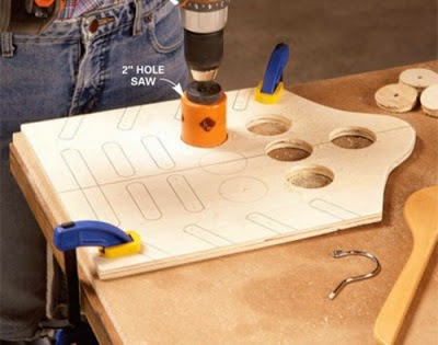 Ide Kreatif Membuat Gantungan Baju Keren Dan Serba Guna