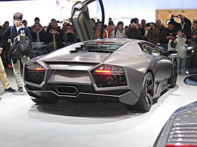 Italian cars Lamborghini Reventon rear