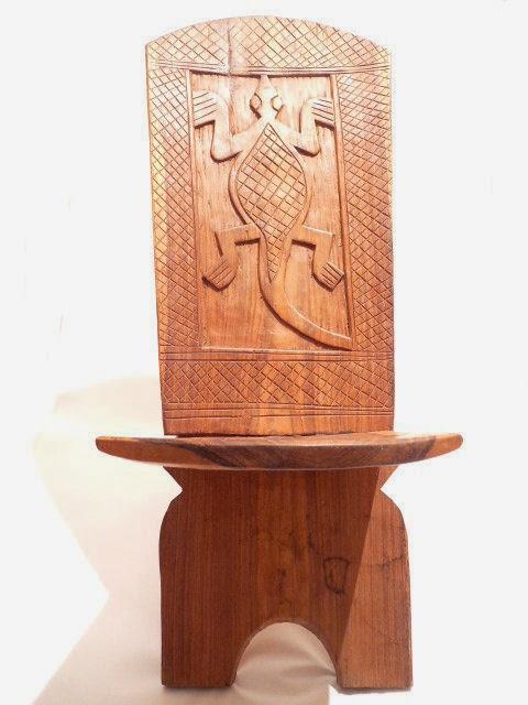 Les malles de livingstone les chaises a palabre for Chaise a palabre