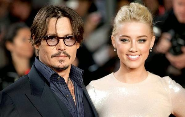 Amber Heard Goes Topless for Johnny Depp