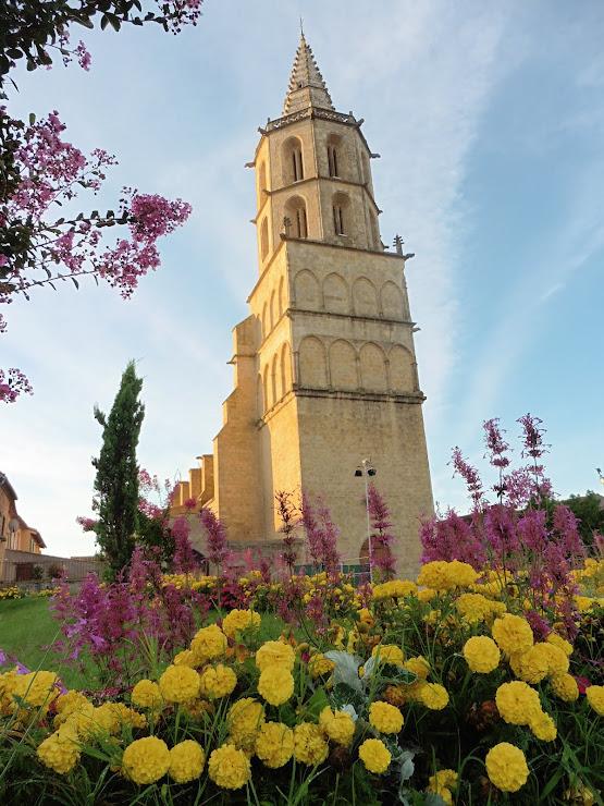 Eglise Notre Dames des Miracles in Avignonet Lauragais aan het pelgrimspad Via Tolosana