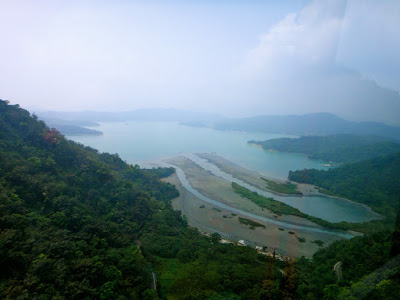 How to go to Sun Moon Lake by cable car